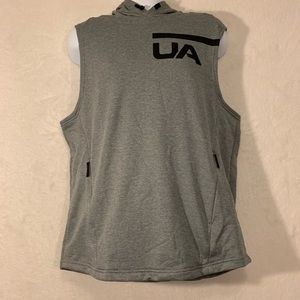 Under Armour Hooded Shirt Size Large NWT